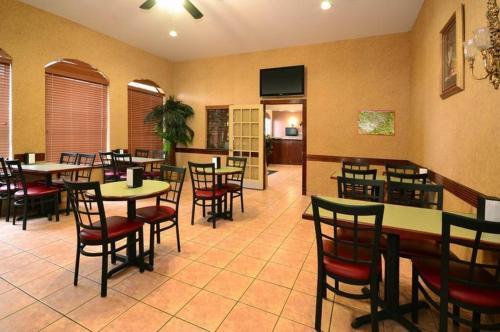 Americas Best Value Inn & Suites San Benito - San Benito, TX 78586