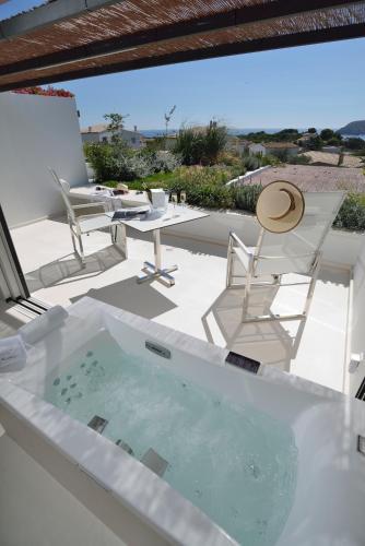 Habitación Doble Premium con jardín suspendido con vistas al mar Boutique Hotel Spa Calma Blanca 9