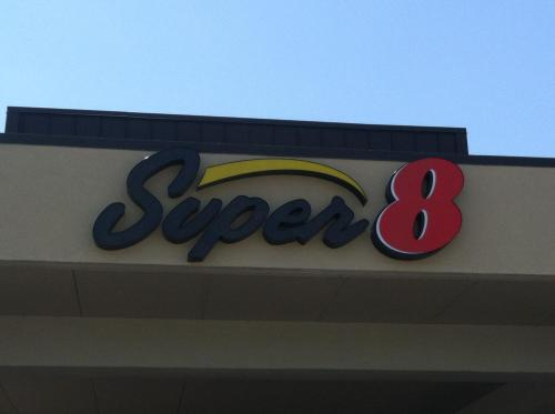 Super 8 By Wyndham Calhoun - Calhoun, GA 30701