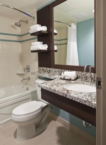 Aava Whistler Hotel - Whistler, BC V0N 1B4