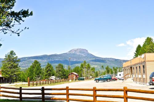 Sawtelle Mountain Resort Photo