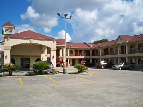 Scottish Inn And Suites Beaumont - Beaumont, TX 77702