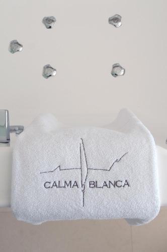 Habitación Doble Confort con bañera Boutique Hotel Spa Calma Blanca 6