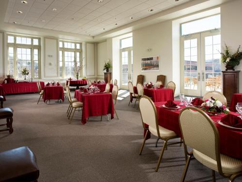 Grand Eastonian Suites Hotel - Easton, PA 18042