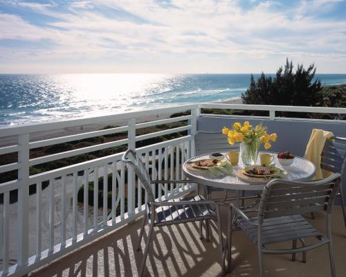 Bluegreen Vacations Solara Surfside Hotel