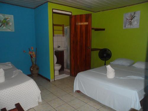Cabinas Icaco Tortuguero Photo