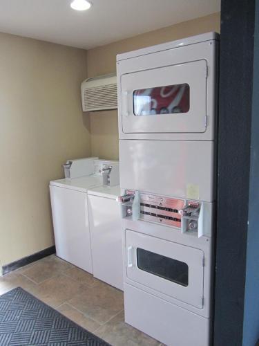 Motel One - Odessa, TX 79761
