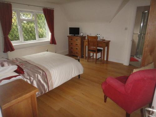 The Oaks Guest House photo 10
