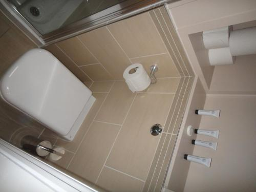 The Oaks Guest House photo 16