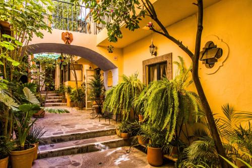 Villa Mirasol Photo