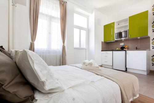 Budapestay Apartments photo 29