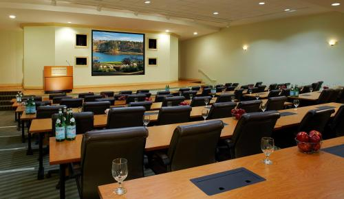 Marriott Auburn Opelika Hotel & Conference Center at Grand National Photo