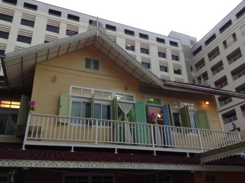 Panida Suite