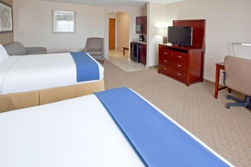 Holiday Inn Express Hotel & Suites College Station - College Station, TX 77840