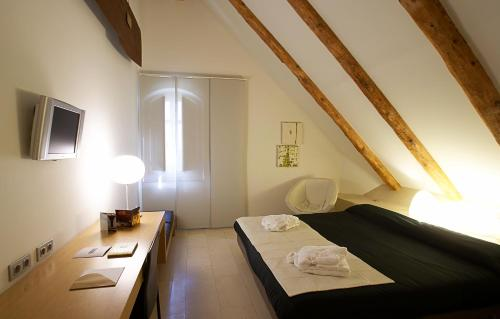 Superior Double Room Hotel Sant Roc 46