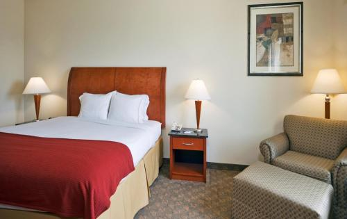 Holiday Inn Express Hotel And Suites Fairfield-north - Fairfield, TX 75840