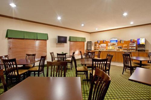 Baymont Inn & Suites Merrillville - Merrillville, IN 46410