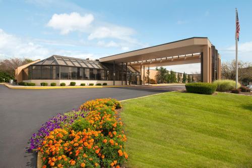 Days Hotel By Wyndham Allentown Airport / Lehigh Valley - Allentown, PA 18109