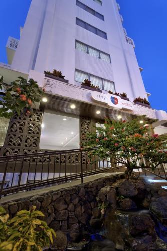 Stay Hotel Waikiki - Honolulu, HI 96815