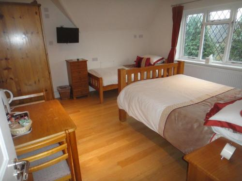 The Oaks Guest House photo 54