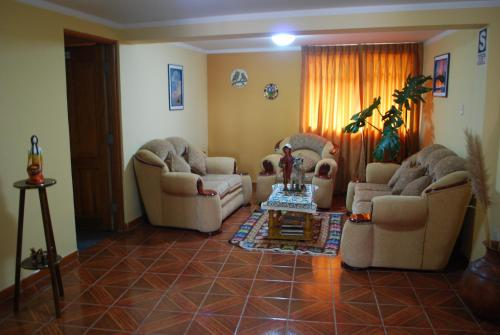 Morales Guest House Photo