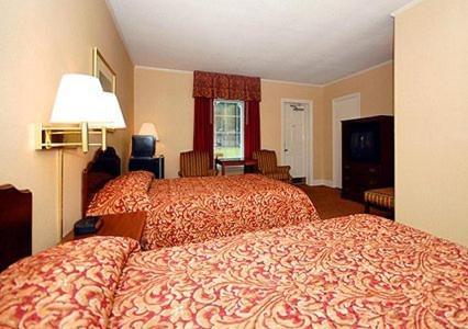 Ambassador Inn Photo
