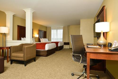 Comfort Suites - Fargo, ND 58104