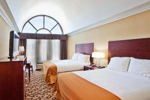Holiday Inn Express Hotel & Suites Macon-west - Macon, GA 31206