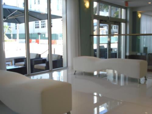 Westover Arms Hotel - Miami Beach, FL 33140