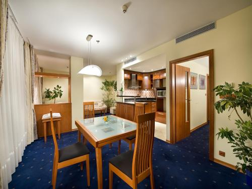 Ramada Prague City Centre photo 6