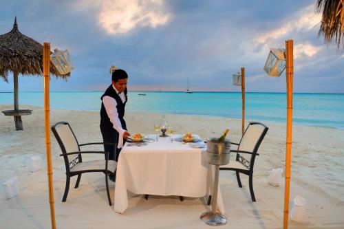 Barcelo Aruba All Inclusive Hotel In Aruba
