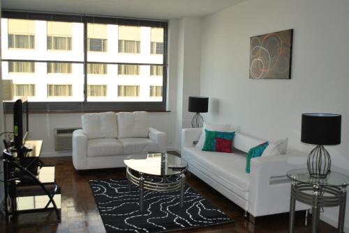 Columbus Suites Photo