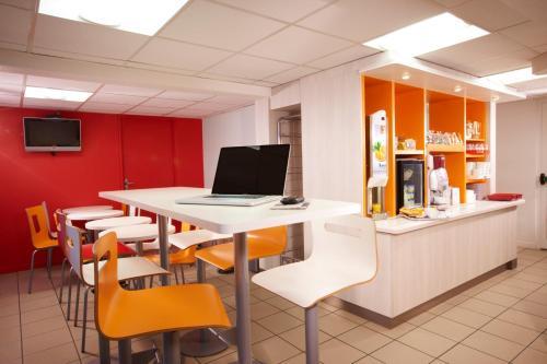 Premiere Classe Villepinte Centre - Parc des Expositions