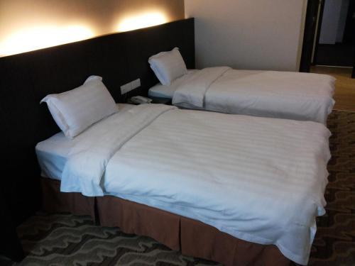 Eminent Hotel photo 10