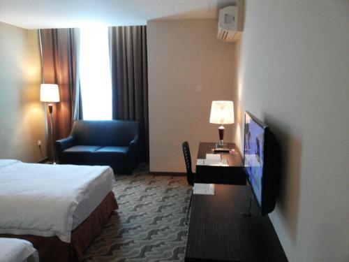 Eminent Hotel photo 20