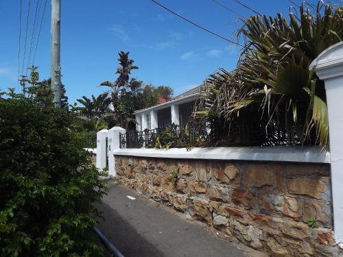 Braemar Villa Photo