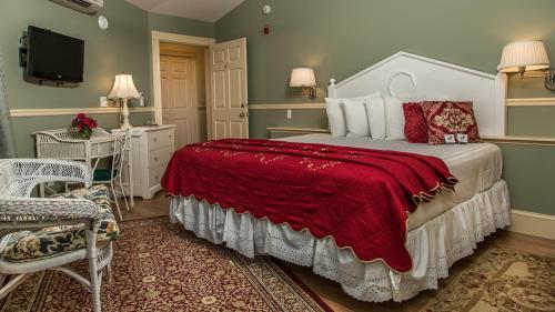 Mira Monte Inn & Suites - Bar Harbor, ME 04609