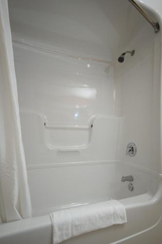 Comfort Inn & Suites Shawinigan Photo