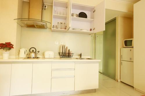 Yiyang City Center Apartment photo 6