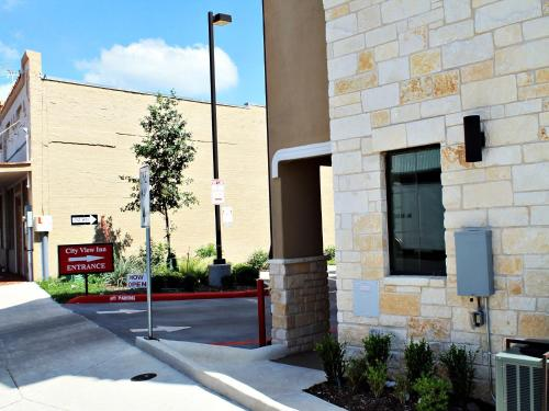 City View Inn And Suites Sunset Station - San Antonio, TX 78205