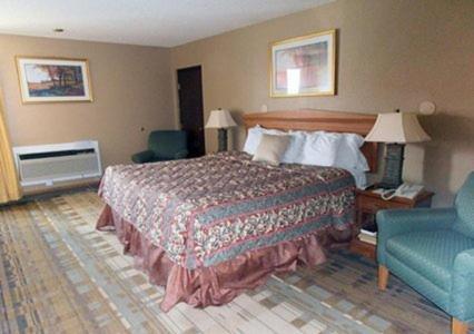 Rodeway Inn Cheyenne East Photo