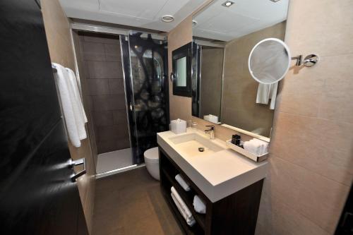 Hotel Indigo Barcelona - Plaza Catalunya photo 29