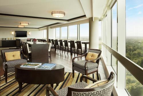 Sheraton Tysons Hotel Photo