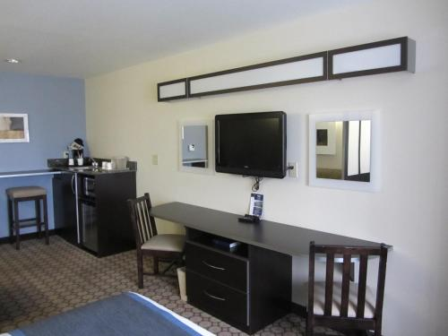 Microtel Inn and Suites San Angelo Photo