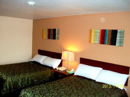Americas Best Value Inn - Brandenburg, KY 40108