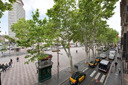 Ramblas by Pillow photo 2