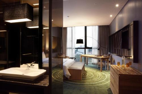 ベスト ルイス ハミルトン ホテル