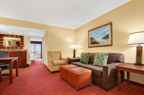 Embassy Suites Hotel Orlando North Altamonte Springs In Fl