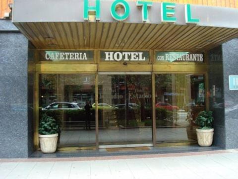 Hotel Estadio 8