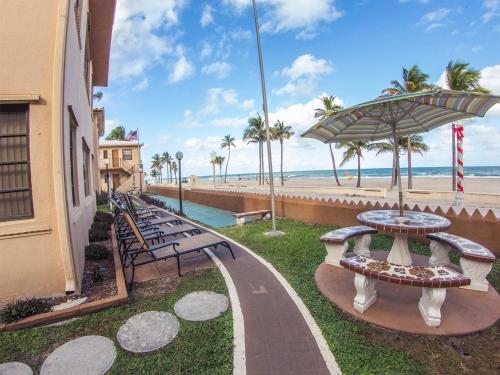 Neptune Hollywood Beach Hotel